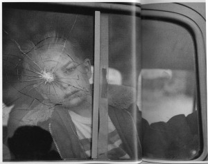 elliott-erwitt-child-at-broken-window-1969-1337019544_org